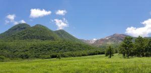 20180613④_下山後、タデ原湿原より三俣山を望む