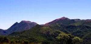 20180613➂_猟師山から三俣山を望む